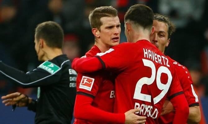 Leverkusen se juega tres puntos en casa