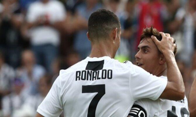 Juventus versión 2018. Cristiano y Dybala.