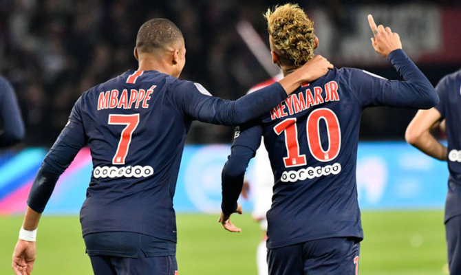 Paris Saint Germain vs Napoli
