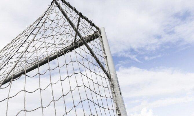 Cobresal e Iquique chocan este Sábado en el fútbol chileno