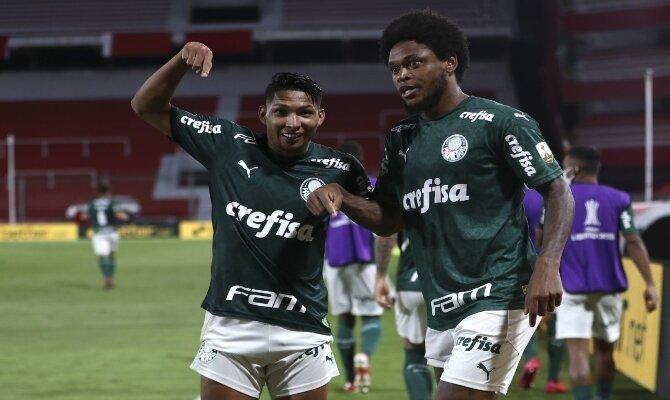 Celebra las apuestas acertadas tal y como lo hacen los protagonistas del Palmeiras vs Santos