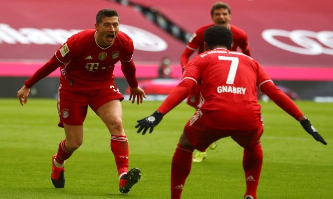 Lewandowski quiere seguir haciendo de las suyas en este Leipzig vs Bayern Munich e ir asegurando la Bundesliga