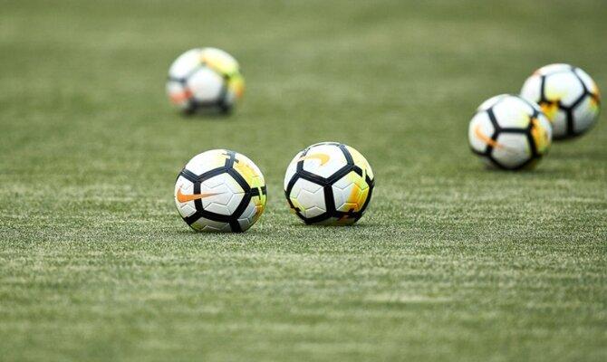 En un encuentro con morbo, el balón quiere robarse las miradas en La Serena vs Universidad de Chile
