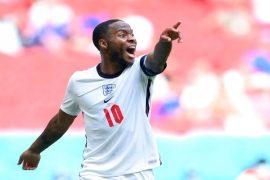 Imagen de Raheem Sterling con la camiseta de Inglaterra. Pronósticos de la Euro 2020, picks y cuotas